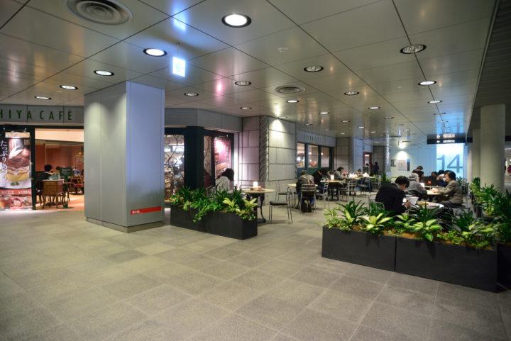 北海道の札幌駅前地下歩行空間にあるイシヤカフェ