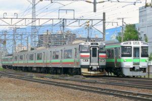 北海道札幌を走るJR列車の写真
