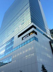 北海道札幌市の再開発事業で巨大ビルの創世スクエアの写真